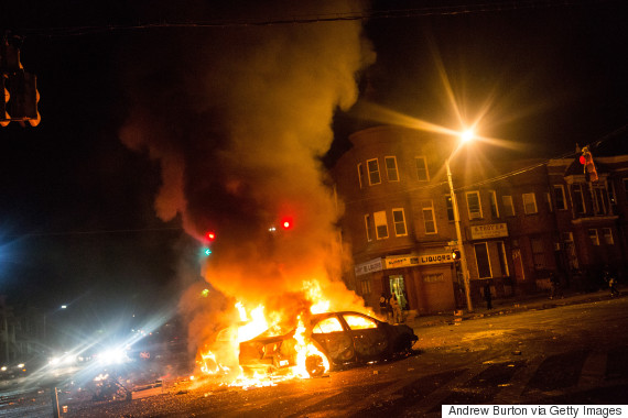 @CarmeloAnthony Calls for Peace in Baltimore#BaltimoreRiots
