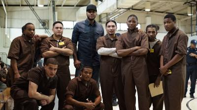 Carmelo Anthony Visits Rikers Island….